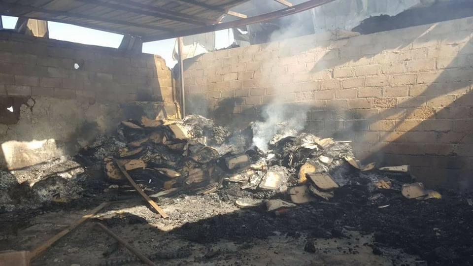 جزء من الدمار الذي خلفته غارات طيران العدوان الإجرامي في سوق جياش للخضروات بمدينة صعدة.11